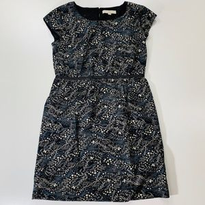 Ann Taylor LOFT Dress Size M flower cap sleeve